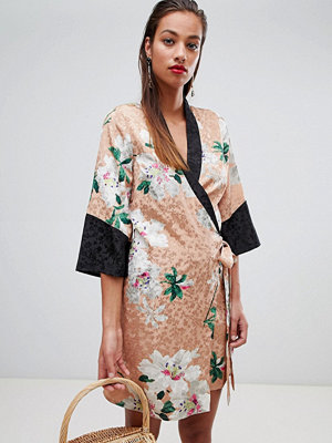 ASOS DESIGN kimono wrap dress in floral jacquard print