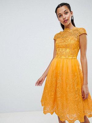 Chi Chi London premium lace midi dress with cap sleeve - Marigold