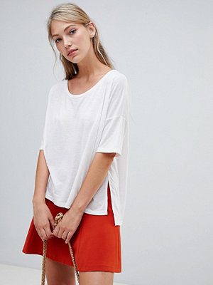 French Connection Hetty T-shirt i oversize-modell Vintervit