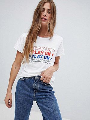 Heartbreak Play On T-shirt