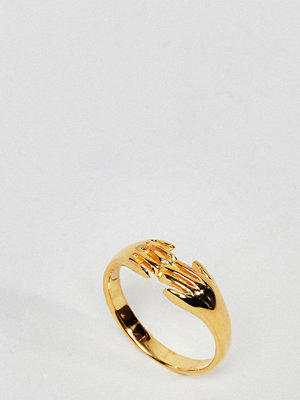 ASOS DESIGN ring in gold plated sterling silver in vintage style hand design