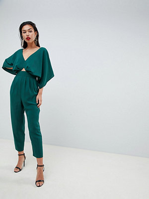 ASOS DESIGN jumpsuit with kimono sleeve and peg leg - Forest green