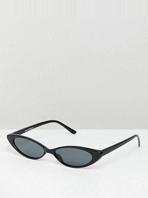 Glamorous slim black cat eye sunglasses