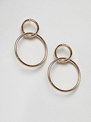 Weekday örhängen thick hammered hoop earrings