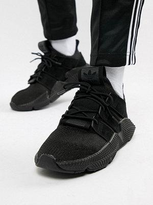 Sneakers & streetskor - Adidas Originals Prophere Trainers In Black B37453