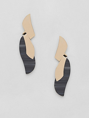 ASOS örhängen DESIGN earrings in twist metal design with resin