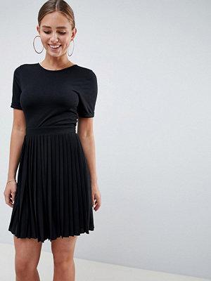 ASOS DESIGN pleated skirt mini dress