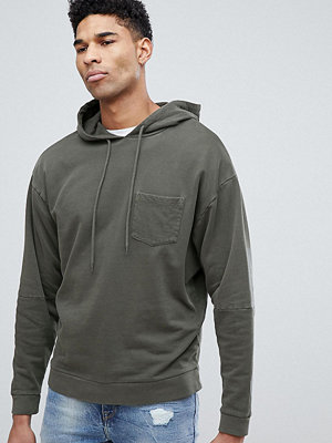 Street & luvtröjor - ASOS DESIGN tall oversized hoodie with cut and sew sleeves in khaki vintage wash - Rifle green