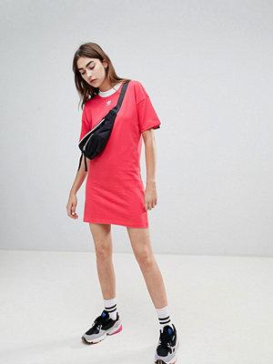 Adidas Originals Trefoil Logo Dress In Pink - Core pink
