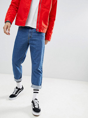Jeans - boohooMAN skater fit jeans in blue wash