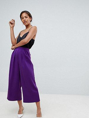 Asos Tall Figursydda culotte-byxor med stora veck