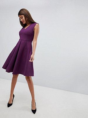Closet London Pleat Skirt Dress - Magenta