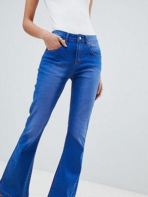 Boohoo Utsvängda jeans