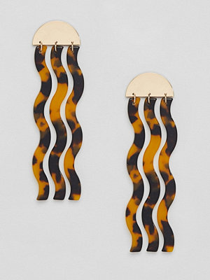 ASOS örhängen DESIGN earrings with tortoisheshell drop shapes