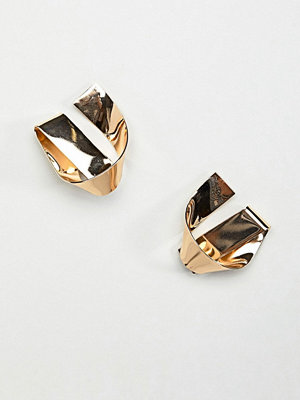 ASOS örhängen DESIGN stud earrings in folded knot design