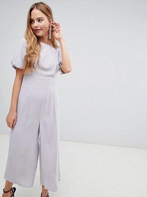 ASOS DESIGN Tea-jumpsuit med ballongärmar Silvergrå