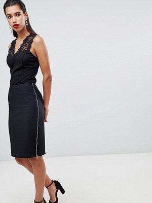 Morgan Midi bodycon kjol med kedja på sidan