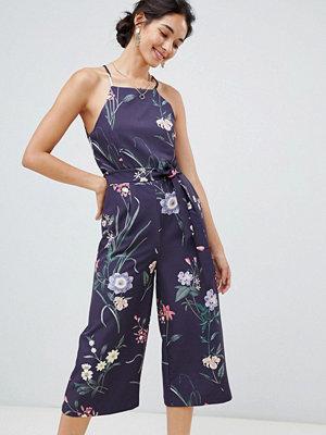 Oasis Blommönstrad jumpsuit med spetsdetalj baktill