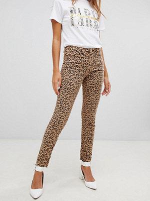 New Look Hallie Leopardmönstrade jeans Animal