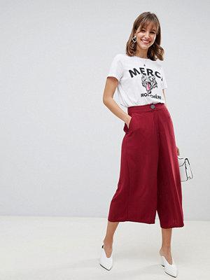 Vero Moda byxor Culotte med hög midja Rumba röd