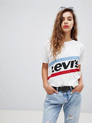 Levi's T-shirt i boyfriend-modell med grafisk logga Logo cloud dancer