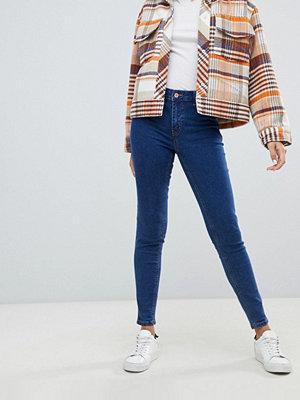 New Look Blå jeans i skinny fit Mellanblå