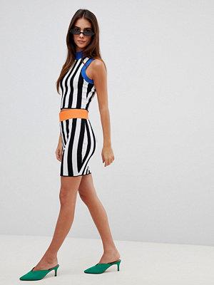 Missguided Stickad kjol med kontrasterande rand