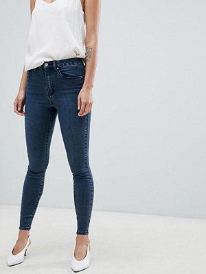 ASOS DESIGN 'Sculpt me' premium jeans med hög midja i londonblått Wills