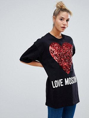 T-shirts - Love Moschino T-shirt med glittrande hjärt-logga