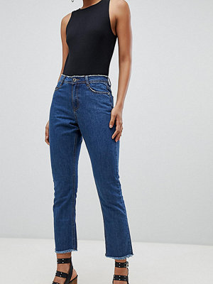 Missguided Tall Wrath Mellanblå utsvängda jeans