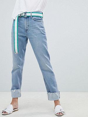 Mango Jeans med raka ben och uppvikt kant