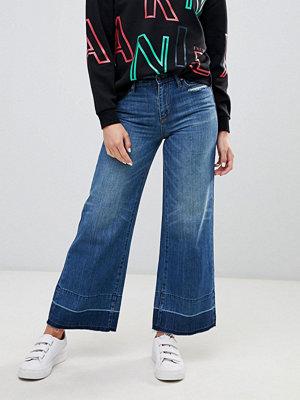 Armani Exchange Korta jeans med vida ben 1500 indigo denim