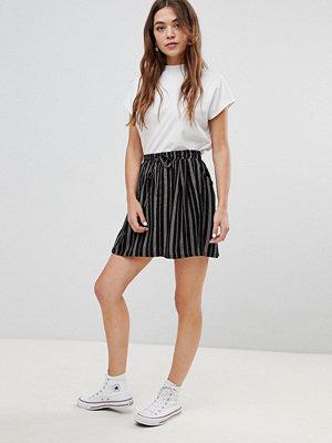 Brave Soul Louisa Randig kjol med knytband i midjan Striped combo