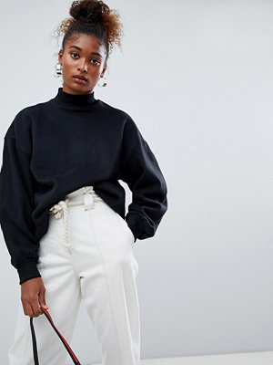 Bershka Svart tröja i oversize-modell med hög krage