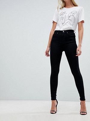 """ASOS DESIGN """"SCULPT ME"""" Helsvarta jeans av hög kvalitet med hög midja"""