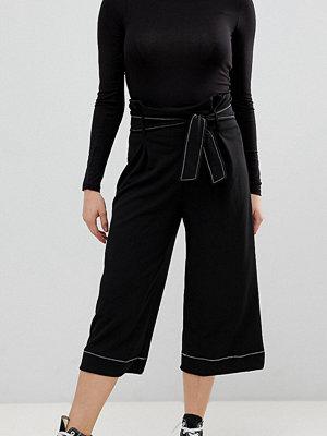 New Look Petite Svarta jeans med kontrast söm
