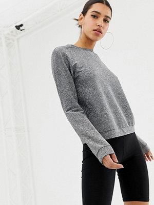 ASOS DESIGN Sweatshirt i silvermetallic