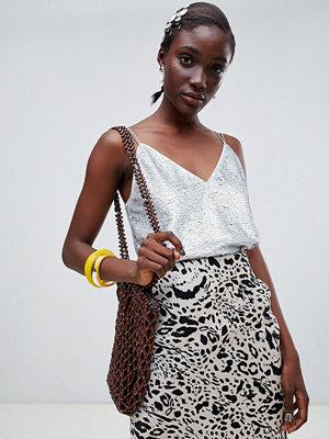Toppar - ASOS DESIGN Paljettutsmyckat linne med detalj med smala band