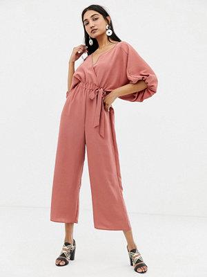 ASOS DESIGN Kimono jumpsuit med omlottdesign och culotteben Palisander