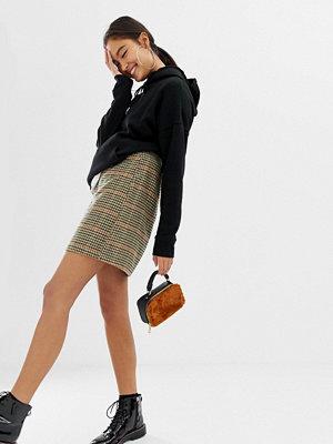 New Look Rutig minikjol i borstat material Grått mönster
