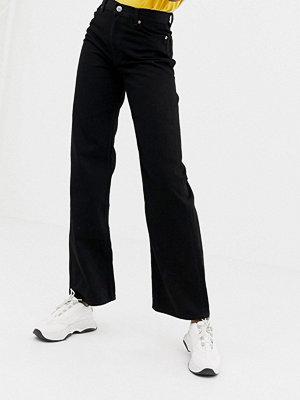 Monki Svarta jeans med vida beni ekologiskt bomull Svart