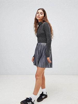 Weekday Plisserad minikjol i silver