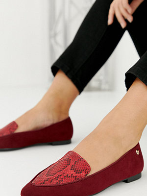 River Island Röda ormskinnsmönstrade loafers med bred passform och spetsig tå