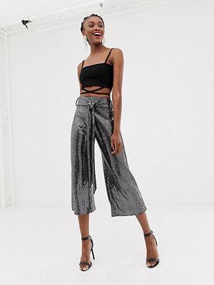 New Look Silverfärgade culotte-byxor med skärp