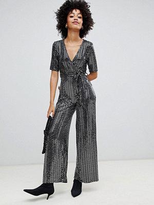 New Look Silverglittrig jumpsuit med omlott