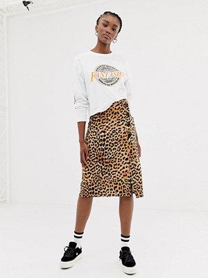New Look Leopardmönstrad kjol med knappar Brunt mönster