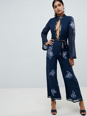 ASOS DESIGN Jumpsuit med blommig utsmyckning 70