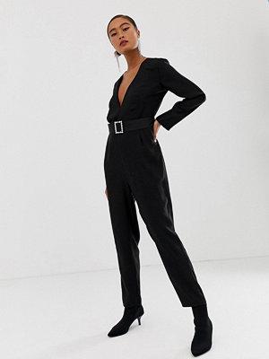 Miss Selfridge Svart jumpsuit med skärp med spänne