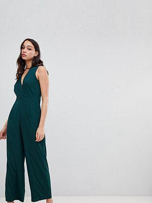 Vero Moda Tall Jumpsuit med omlotteffekt Ponderosa pine