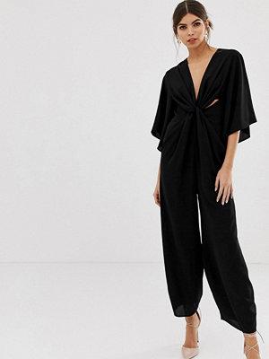 ASOS DESIGN Jumpsuit med kimonoärm och snurrad knut framtill